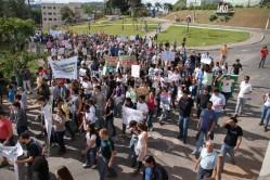 Passeata em apoio à greve