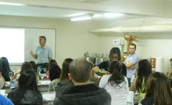 Minicurso Tecnologias e degustação de vinhos: oportunidade de rico aprendizado