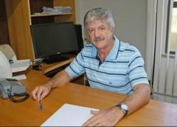 Professor Moacir Pasqual.