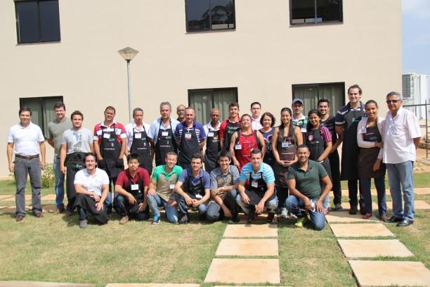 Comissão julgadora e apoiadores do Concurso de Qualidade Cafés de Minas