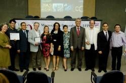 Solenidade de comemoração dos 60 anos do Departamento de Micologia da UFPE e da Coleção de Culturas URM e homenagem aos Professores visitantes internacionais da UFLA. Foto: UFPE - Passarinho.