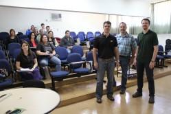 Professores Márcio Ladeira (UFLA), Jon Schoonmaker (Purdue) e Mateus  Gionbelli (UFLA) - com alunos de pós-graduação