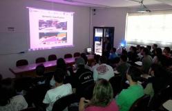 Palestra realizada na UFLA sobre construção de veículos inteligentes