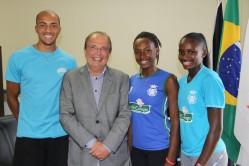 Scolforo com os atletas do Cria Lavras finalistas da Copa Brasil de Provas Combinadas