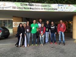 Professor Sandro Fernandes e os estudantes do Gepren/DEF