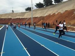 Na pista de alto rendimento - atletas do Cria Lavras iniciam nova fase no atletismo  em Lavras
