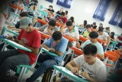 No final do primeiro período letivo, o estudante sinaliza o curso de sua preferência e passa a seguir à grade curricular de referência