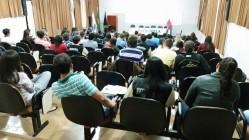 Aula teórica do curso, realizada do Anfiteatro do DAG.