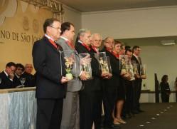 Doze pessoas de destaque em todo o Estado recebem a comenda. Foto: Renato Cobucci/Imprensa/MG