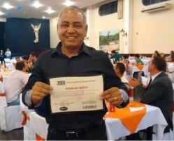 Professor Ednilton Tavares de Andrade recebeu o prêmio pelo melhor trabalho completo e apresentação oral da área de Energia na Agricultura.