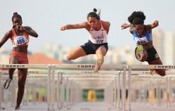 Janine Souza conquista a medalha de prata, nos 100 metros com barreiras. Foto: Luiz Pires/ Confederação Brasileira do Desporto Universitário