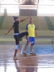O treinador da seleção brasileira Neilton Moura esteve na Universidade, durante as atividades do Camping de Atletismo.