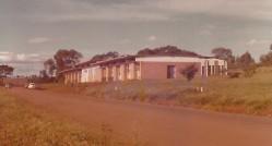 Imagem do prédio do Departamento de Agricultura construído no novo câmpus