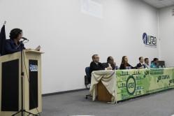 A vice-reitora, professora Édila Von Pinho, enfatizou a ampla participação da comunidade acadêmica