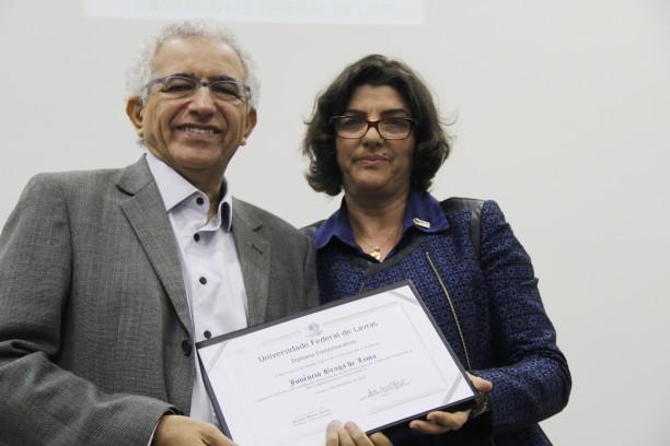 Professor Juvêncio Braga de Lima - homenageado na cerimônia que marca os 40 anos da Pós-Graduação na UFLA