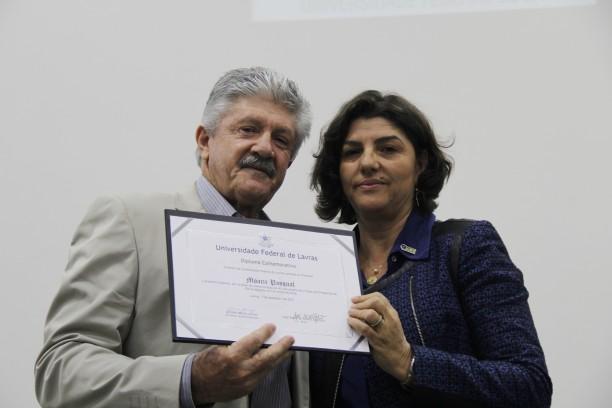Professor Moacir Pasqual, representando o Programa de Pós-Graduação em Fitotecnia