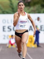 Tamiris de Liz - a mais jovem atleta convocada para as Olimpíadas de Londres, como reserva da equipe brasileira do 4x100m