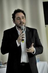 Professor Paulo Henrique Leme aborda o mercado de café no cenário atual e o futuro da cafeicultura em Minas Gerais