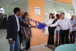 Descerramento da placa novo anfiteatro do Departamento de Ciência dos Alimentos (DCA), nomeado como Anfiteatro Professor Adimilson Bosco Chitarra